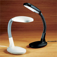 Balanced Spectrum Desk Lamp