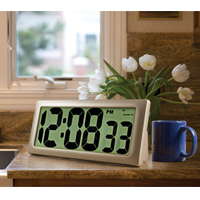 Never-Set Jumbo Display Clock