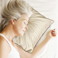 Wrinkle-Reducing Pillowcase